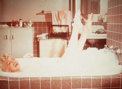 Tr s relaxant ce bain chanel n 5 centerblog for Bain relaxant fait maison